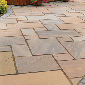 Choosing the Right Paving For Your Garden